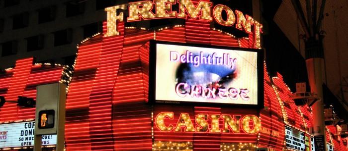 Sam_Boyd's_Fremont_Casino_on_empty_night